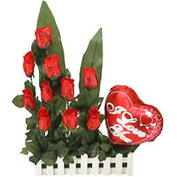 Mesmerizing Precious Love Gift Arrangement