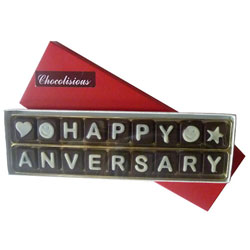 Yummy Happy Anniversary SMS Chocolates for Your Sweetheart