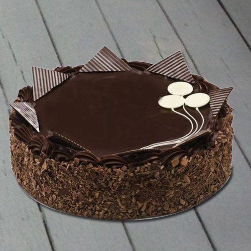 Highly Enjoyable 4.4 Lbs Chocolate Cake from 3/4 Star Bakery