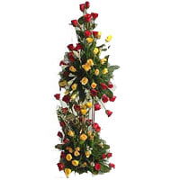 Gorgeous 100 Splashy Roses Tower