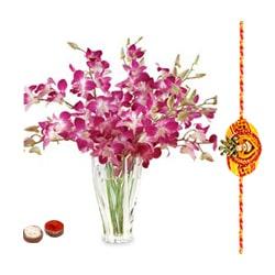 Graceful Thread of Love on Rakhi Bandhan