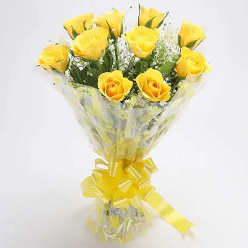 Magnificent Elegance Bunch of Yellow Roses