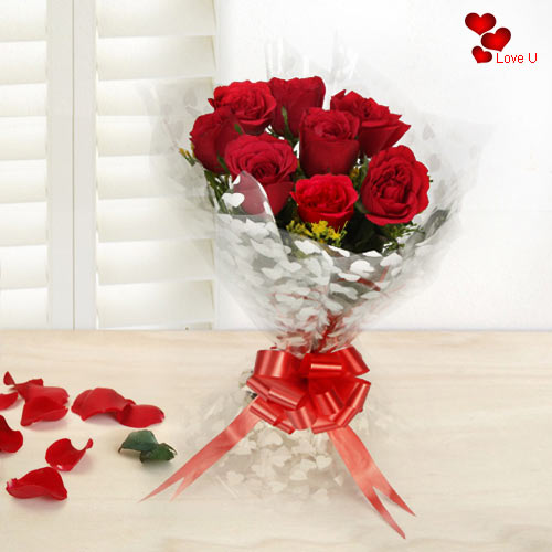 V-Day Gift of Red Roses Bouquet
