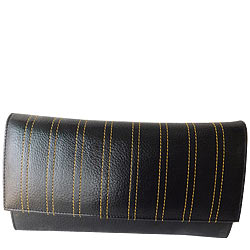 Peachy Ladies Leather Wallet from Rich Born