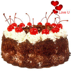 <u><font color=#008000> MidNight Delivery : </FONT></u>:Black Forest Cake From Taj / 5 Star Hotel Bakery