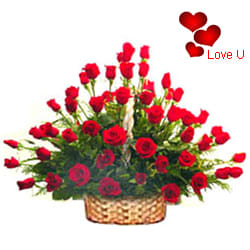 <u><font color=#008000> MidNight Delivery : </FONT></u>:51 Exclusive <font color =#FF0000> Dutch Red </font>   Roses  Arrangement