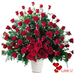<u><font color=#008000> MidNight Delivery : </FONT></u>:101/201/501/1001 <font color =FF0000> Dutch Red </font>  Roses  Arrangement