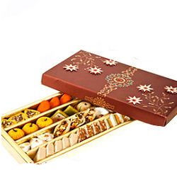 Assorted Sweetness Family Gift Pack