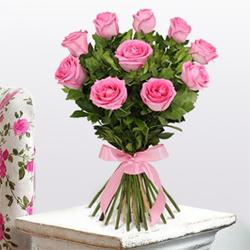Love Bonanza Rose Bouquet to Virochannagar