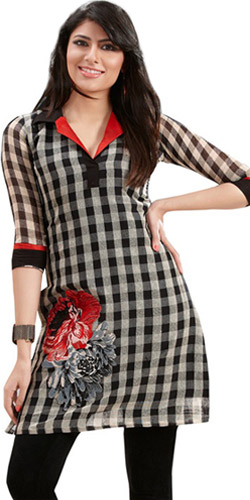 Titillating Vogue Linen Checks Kurti
