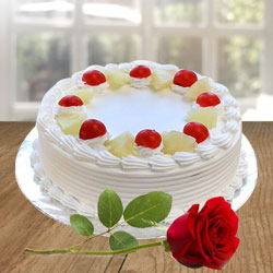 Yummy Vanilla Cake and charming Red Rose