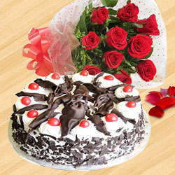 Lovely Red Roses Bouquet with Black Forest Cake