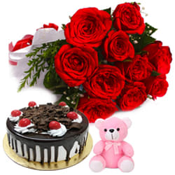 Send Combo Gift of Roses Bouquet, Cake N Teddy Online