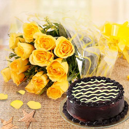 Shop Online Yellow Roses Bouquet with Chocolate Cake