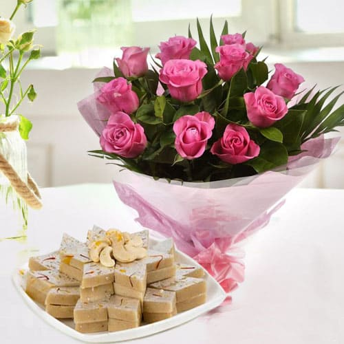 Order Combo of Kaju Katli and Pink Roes Online