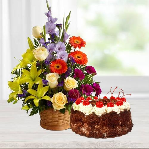 Buy Combo of Seasonal Flowers N Black Forest Cake Online