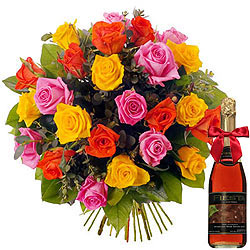 Gift Bouquet of Mixed Roses and a Bottle of Fruit Juice Online