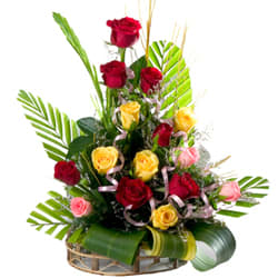Send Bouquet of Mixed Roses Online