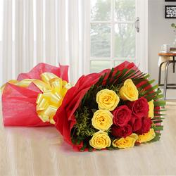 Exquisite Sweet Moments 12 Mixed Roses Bouquet