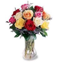 Gift Online Mixed Roses in a Glass Vase