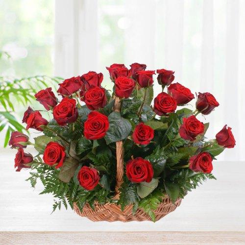 Book Basket of Red Roses Online