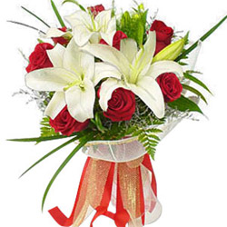 Deliver Red Roses N Lilies Bouquet Online