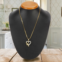 Fascinating Heart Shaped Pendant
