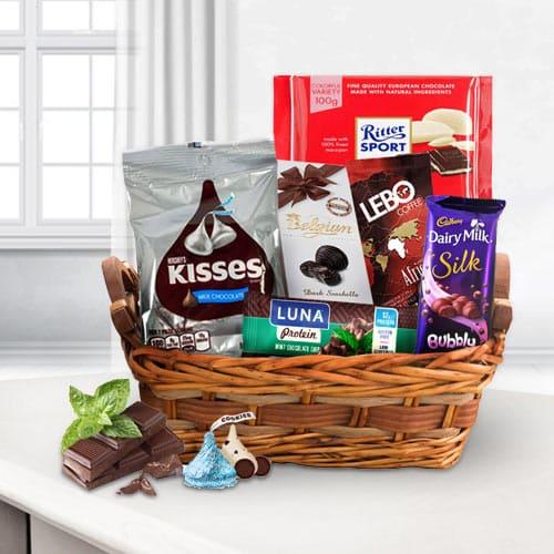 Deluxe Chocoholic Gift Basket<br>